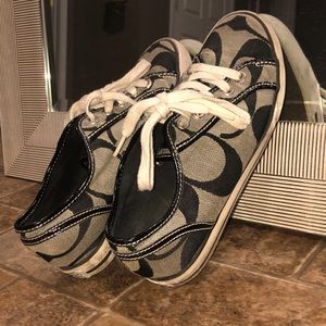😍 Gently worn Coach shoes! 😍